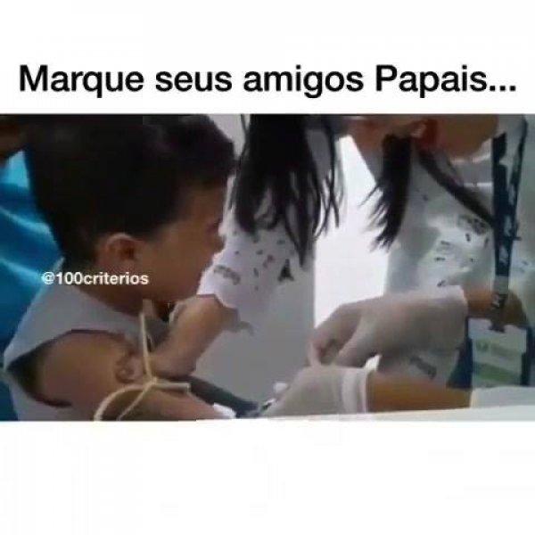 Aquele papai que, em vez de dar forças, amolece com a criança hahaha!