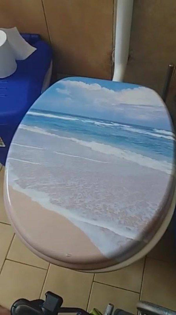 O único mar que seus amigos estão vendo ultimamente, repasse esse video!