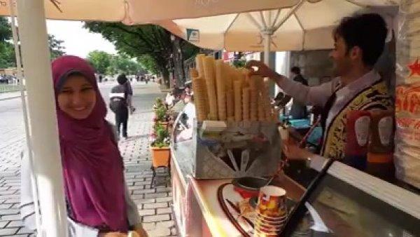 O vendedor de sorvete mais difícil que você vai conhecer hahaha!