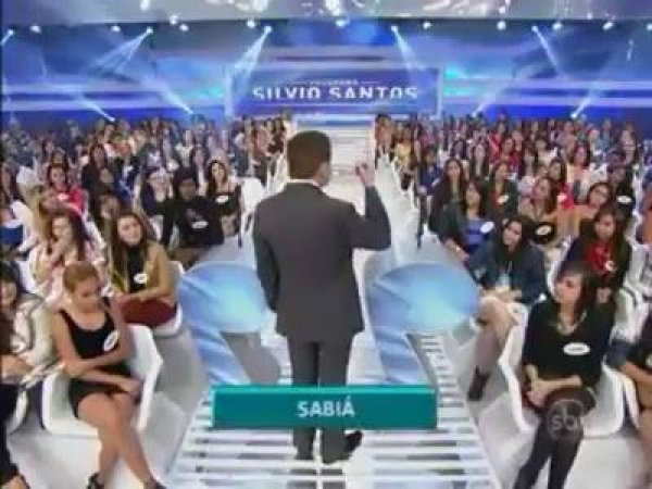 Qualquer musica que tenha a palavra sabiá na letra por Silvio Santos hahaha!