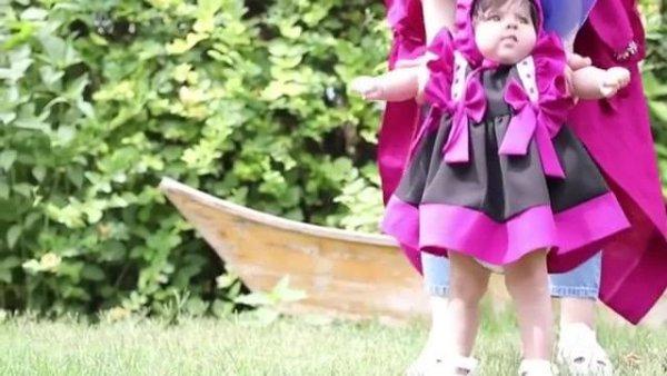 Bebê em ensaio fotográfico, ela já se parece com uma modelinho!