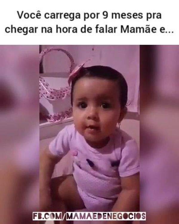 Bebê fala papai, titi, menos mamãe hahaha, para rir muito!