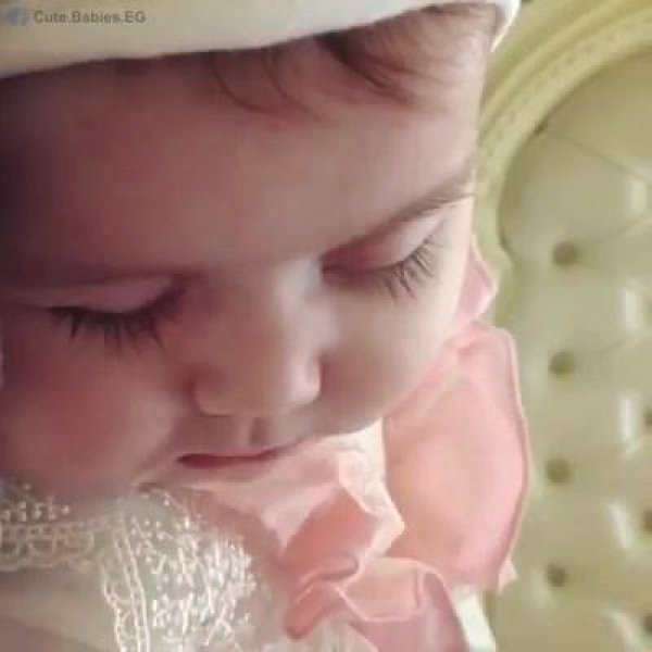 Bebzinha linda dormindo, não tem nada mais especial que curtir este momento!!!