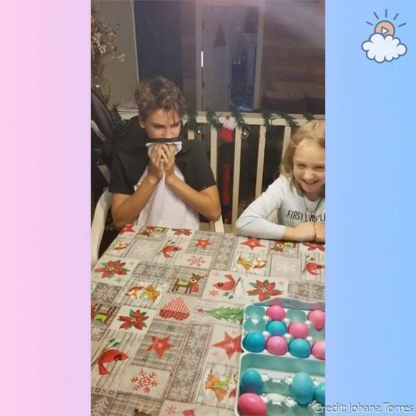 Descobrindo o sexo do bebê com ovos pintados de rosa e azul!