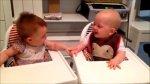 Rir é bom, com bebês é melhor ainda, veja esta fofura em dose dupla!