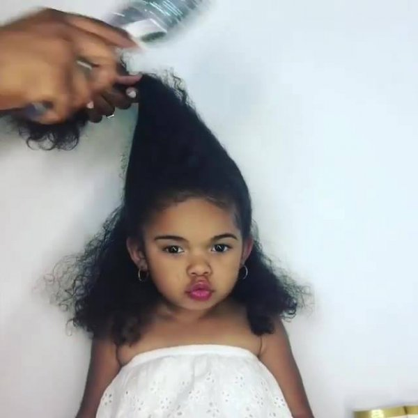 Penteado para criança com cabelo crespo, o resultado é lindo!
