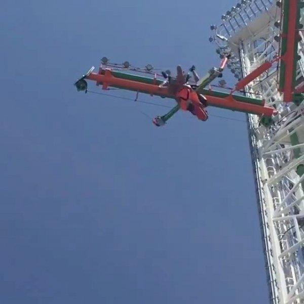 Impressionante altura deste brinquedo de parque de diversão, confira!!!