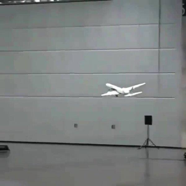 Miniavião levantando voo, veja que impressionante como voa!!!