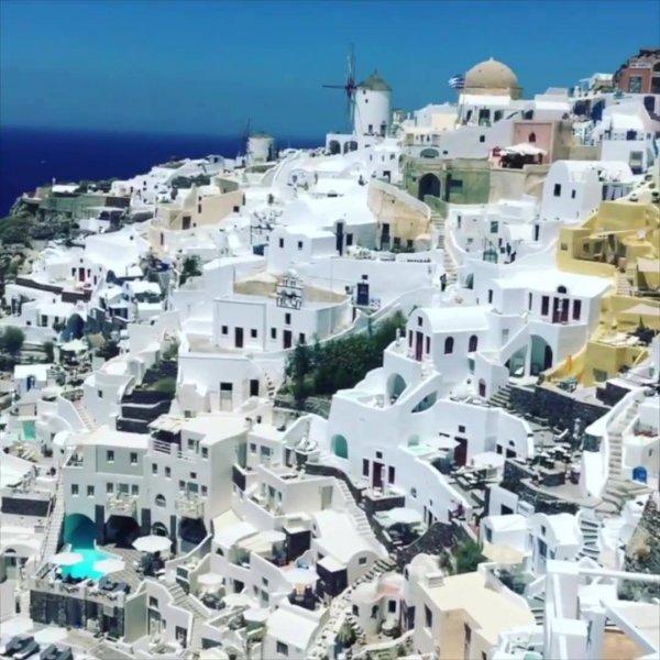 Santorini, uma ilha com belezas impressionantes, confira!