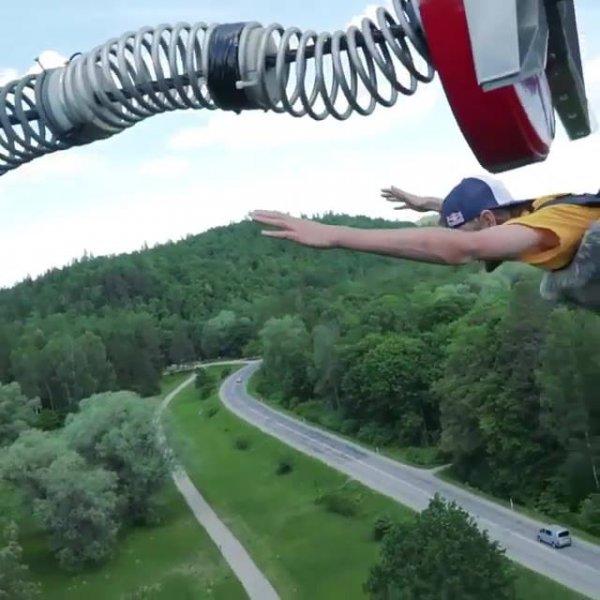 Vídeo com manobras de skate impressionantes, veja o que eles conseguem fazer!