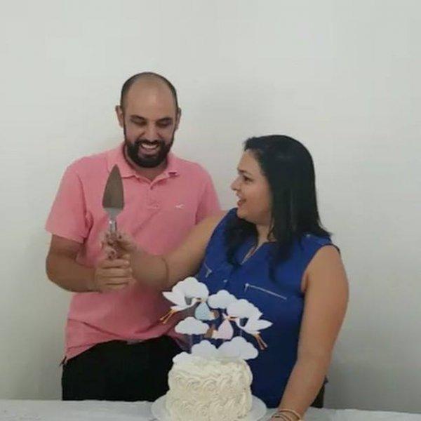 Chá de revelação do sexo do bebê, veja a emoção deste papai!!!