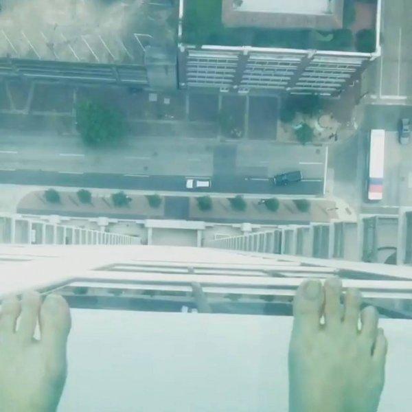 Piscina mais alta de Houston, EUA, alguém teira coragem de dar um mergulho?