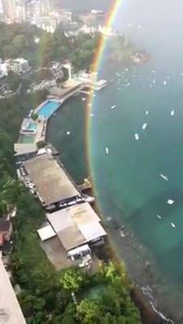 Arco-íris visto de perto, um espetáculo de nossa maravilhosa mãe natureza!!!