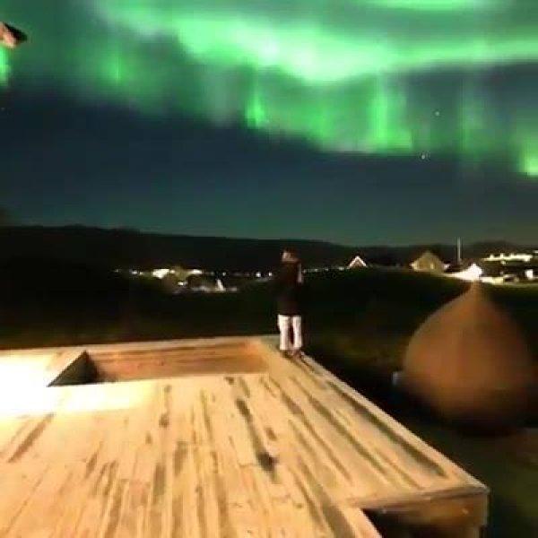 Fenômeno da aurora boreal, as imagens são simplesmente magicas!!!
