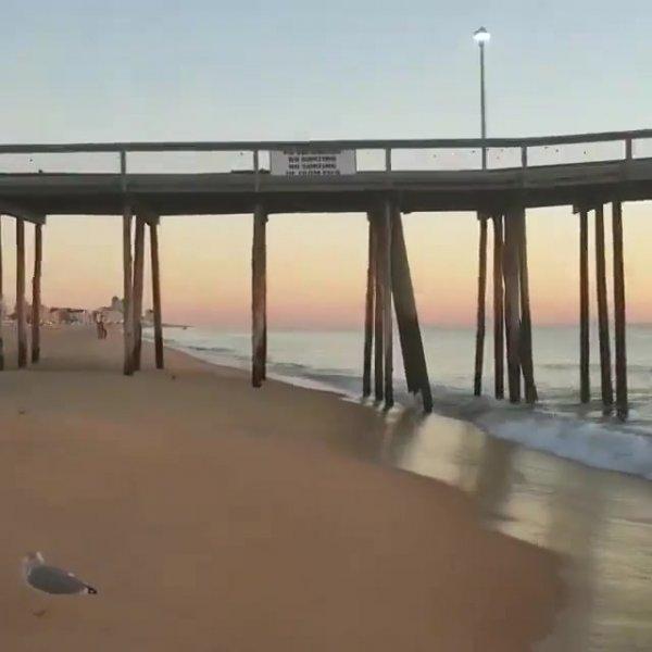 Por do sol a beira mar, veja que linda imagem da natureza!!!