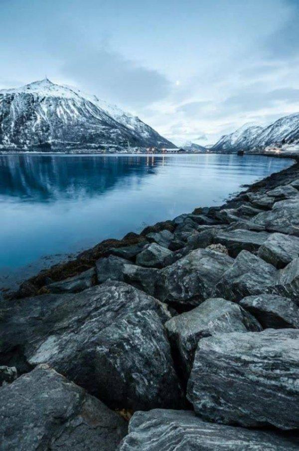 Vídeo com lindas fotos de lugares cheio de natureza, são lugares lindíssimos!!!