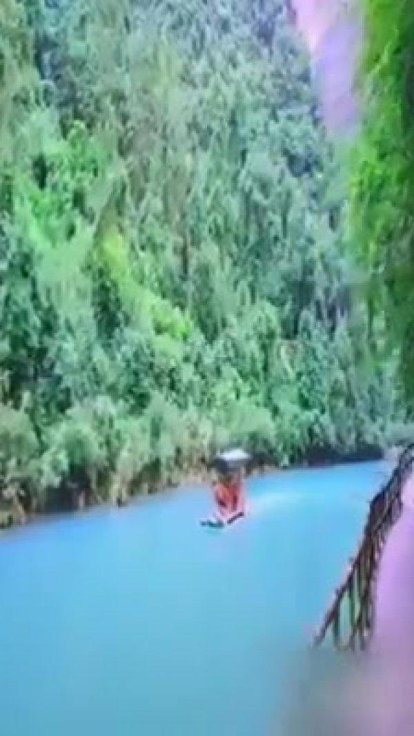 Vídeo mostrando as belíssimas paisagens da China, simplesmente magnifico!!!