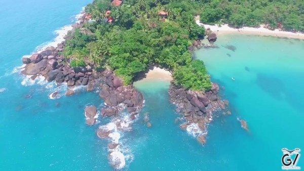 Vídeo mostrando Praia do português e Praia do Felix em Ubatuba-São Paulo!!!
