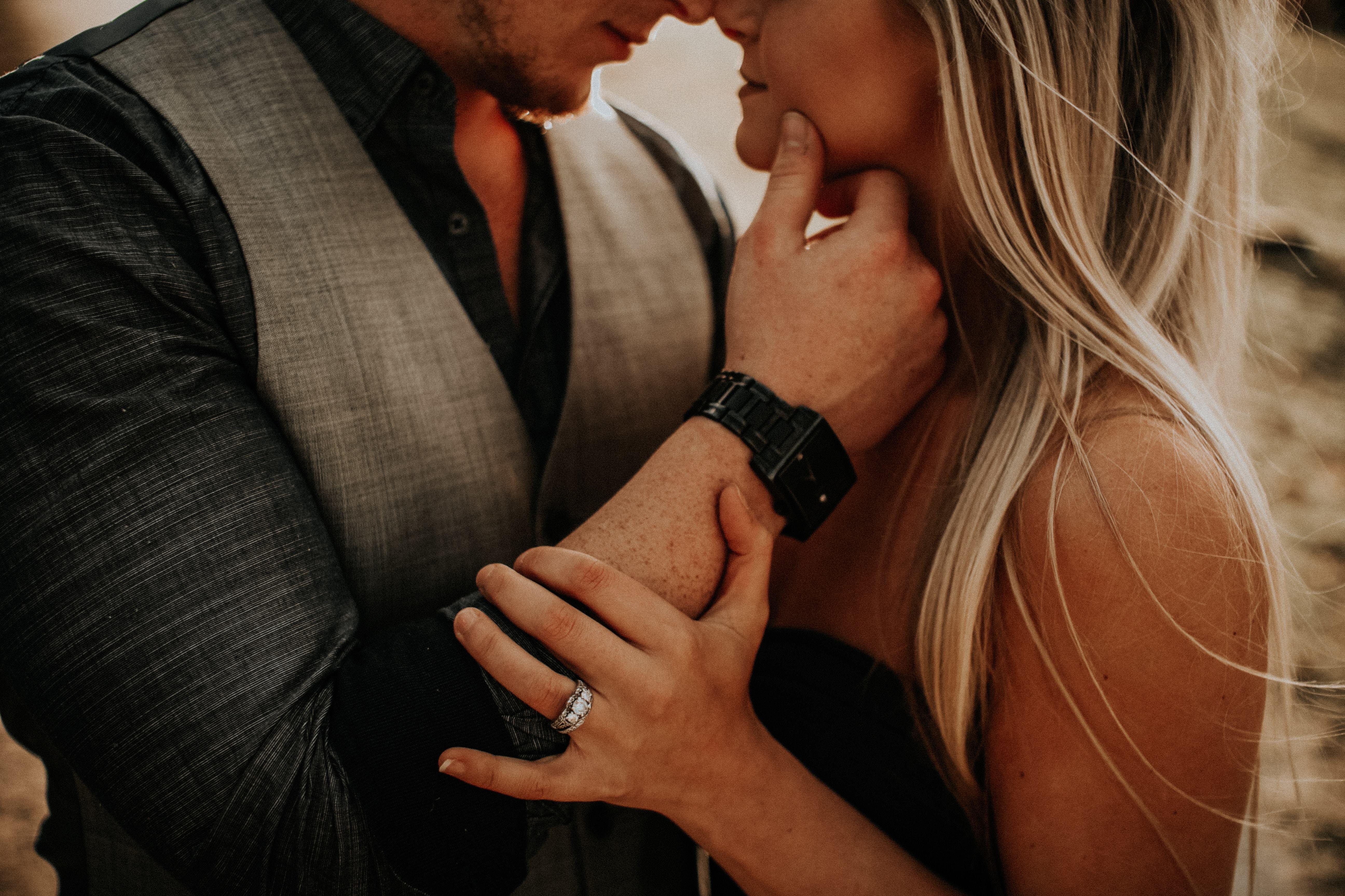 Mensagem de amor e amizade - Amor não é só beijo e amasso!