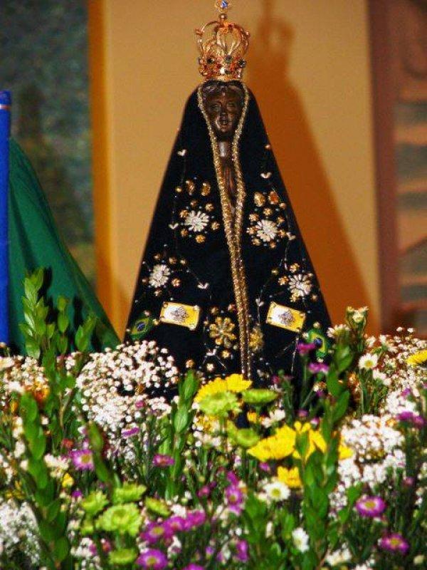 Oração pequena para Nossa Senhora Aparecida - Queria Mãe, rogai por nós!