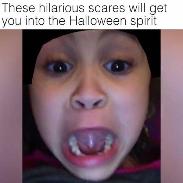 Video para desejar feliz Halloween aos amigos com sustos hahaha!