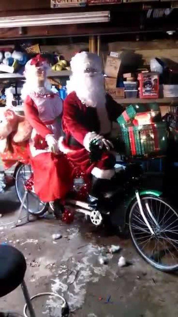 A criatividade do Natal não tem limites! Veja só que lindinhos estes dois!!!
