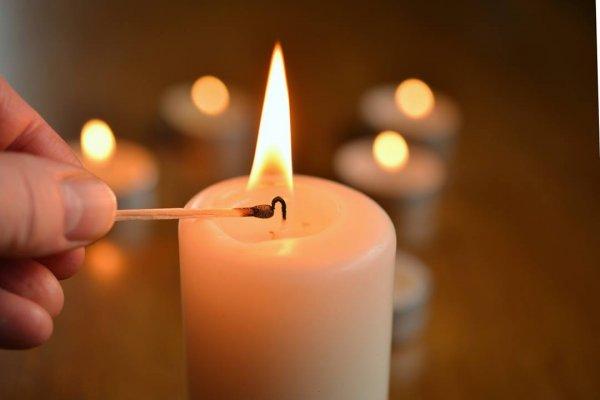 Mensagem De Natal Luz - Há mais para o Natal do que luz de vela e alegria!