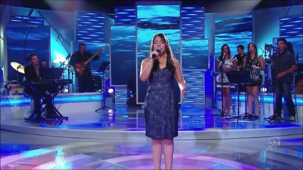 Moça cantando Hallelujah em programa de Televisão, emocionante!