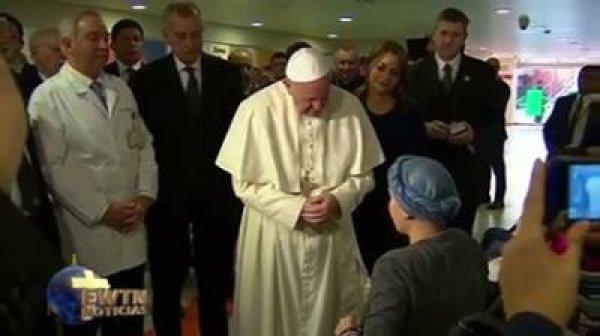 Ave MAria na voz de um garota com câncer para o Papa Francisco!!!