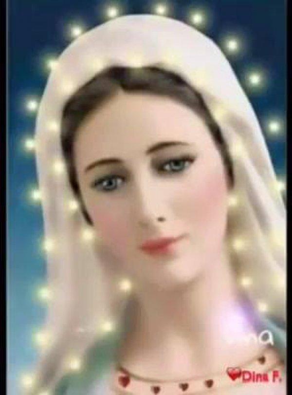 Vídeo com linda musica a Mãe Maria, vale a pena compartilhar!!!