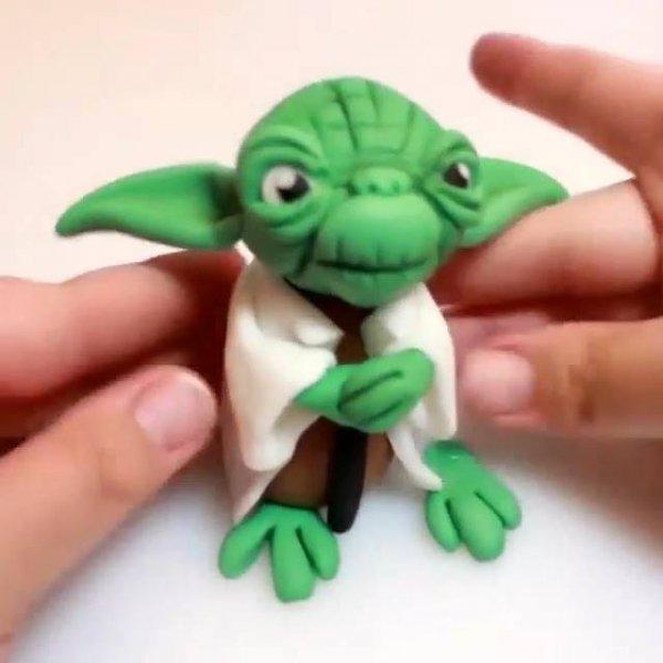 Mestre Yoda do Star Wars feito de massinha, veja que perfeição!
