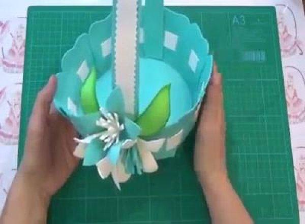 Aprenda a fazer uma cestinha de EVA muito linda, confira!