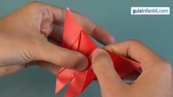 Borboleta feita de dobradura, mais um Origami para você aprender!