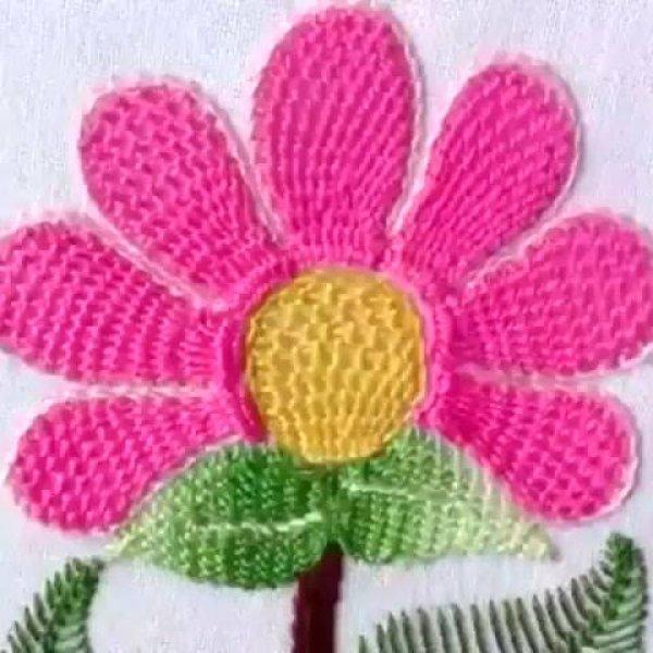 Bordado de flor em tecido, o resultado é maravilhoso, confira!