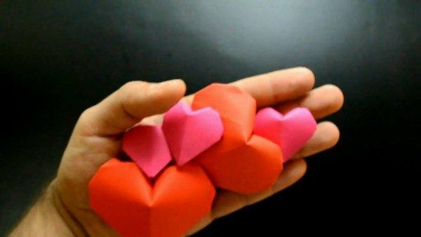 Coração inflável de dobradura, um dos mais fáceis origamis que já viu!