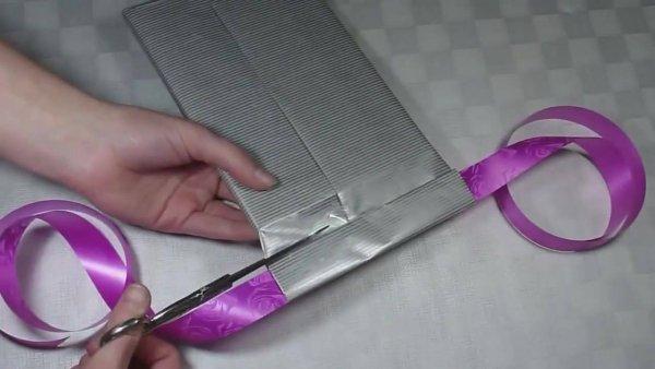 Dia dos pais - Aprenda a embalar um presente com formato de camisa e gravata!