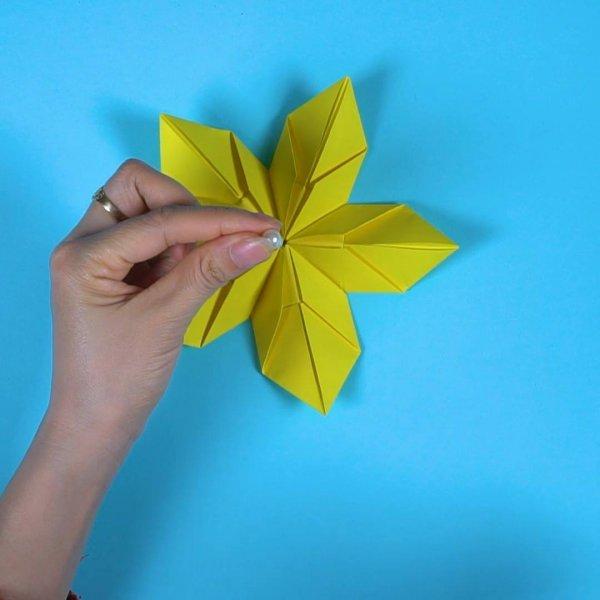 Flor com Origami, o resultado você vai amar, confira e compartilhe!