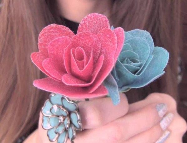 Flor com pétalas feitas com coração, mais uma ideia que você vai amar!