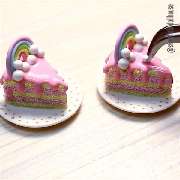 Miniaturas de bolos e doces de mentira para enfeitar, muito legal!