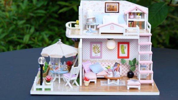 Vídeo com passo a passo de casa de campo em miniatura, encantador!!!