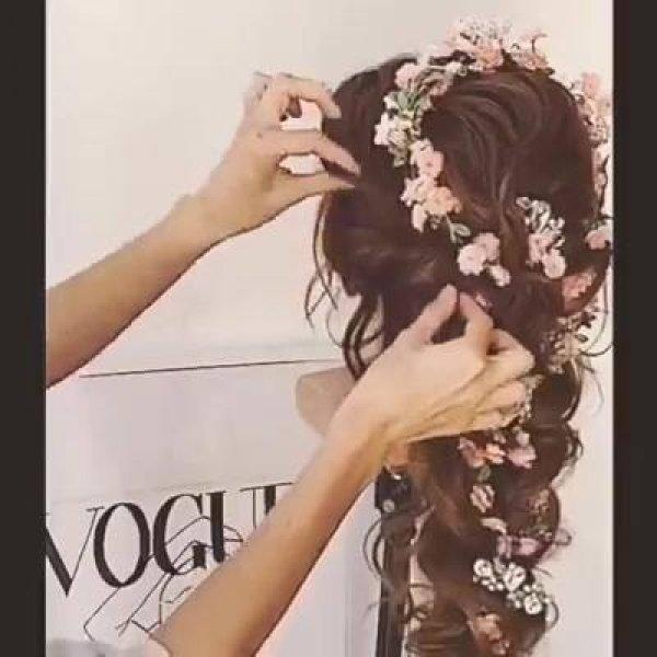 Inspiração de cabelos para noivas que vão se casar no campo!!!