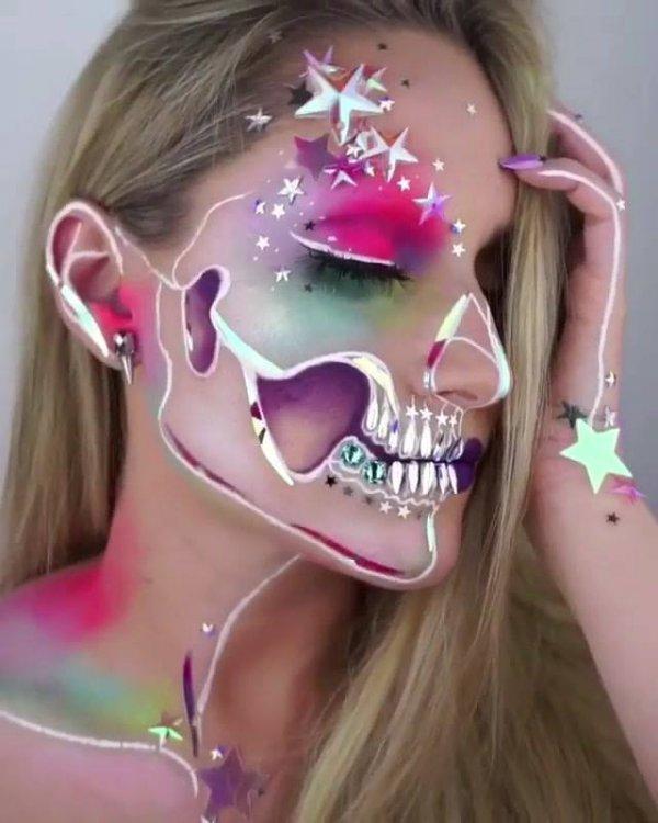 Maquiagem artística colorida e diferente para fazer e arrasar na festa!