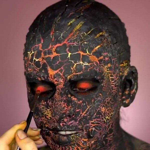Maquiagem artística, se transforme em um ser de outro planeta com essa ideia!