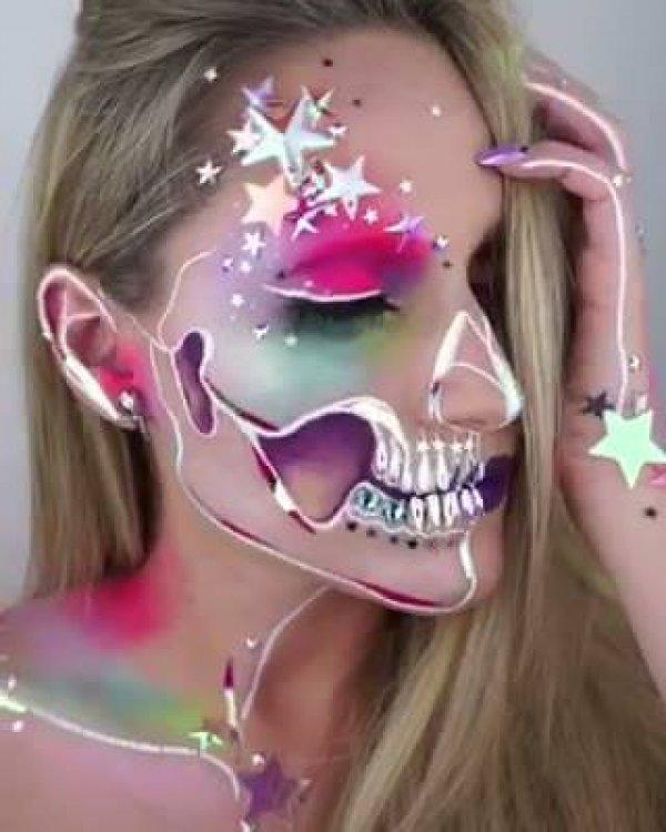 Maquiagem de caveira mexicana com aplicação de adesivo holográfico!!!