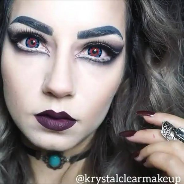 Maquiagem de criaturas da noite, você gosta de viver na noite?