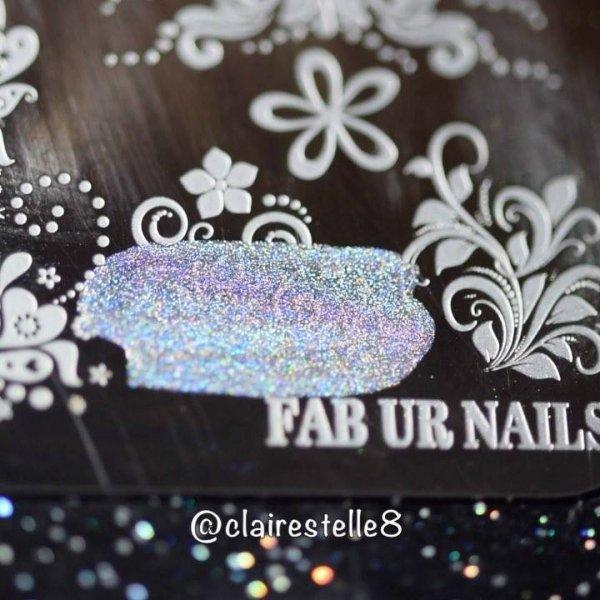 Tutorial de unha decorada com esponjinha e carimbo, olha só que linda!!!