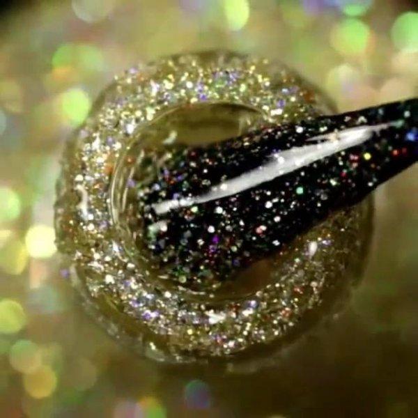 Unha com esmalte preto decorada com esmalte com Glitter dourado!!!