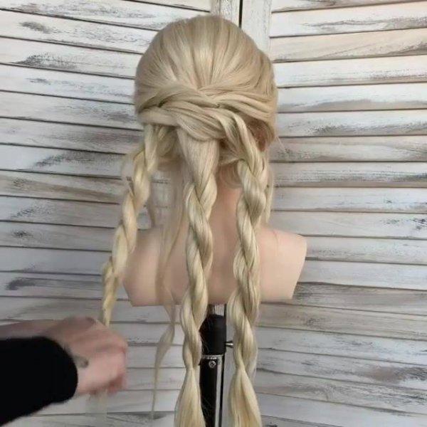 Vídeo com inspiração de penteado para cabelo longo, ele fica lindo para noivas!!!