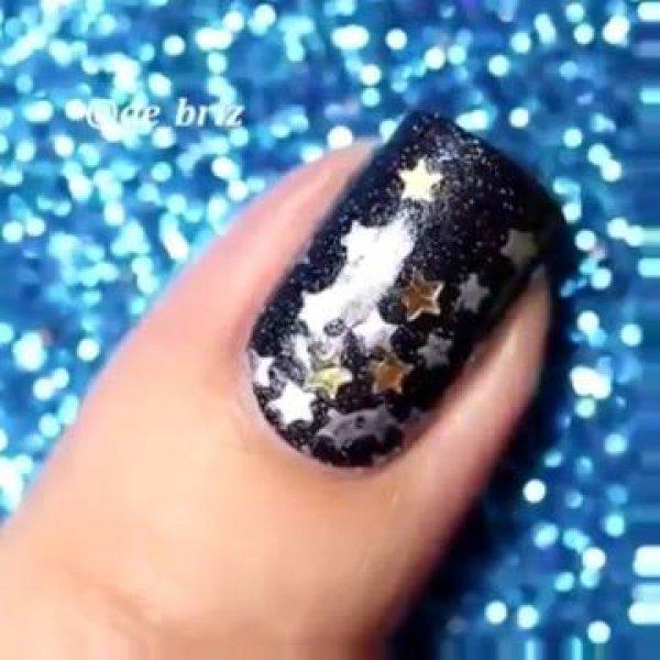Vídeo com lindas inspirações de unhas para você arrasar! Vale a pena conferir!!!
