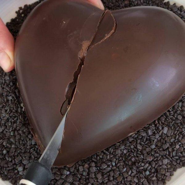 Bombom em formato de coração, uma imagem que dá muita vontade!